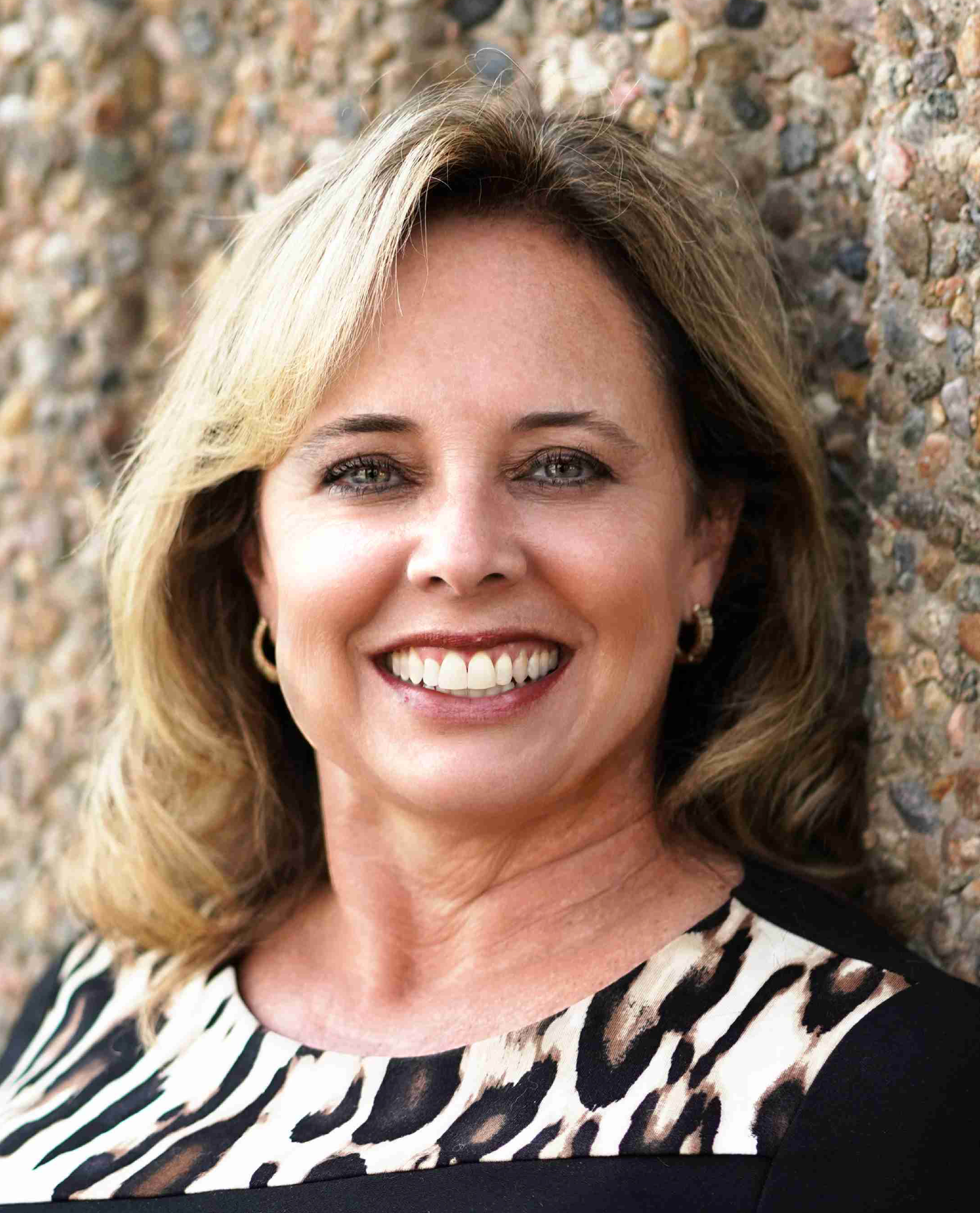 Susy Fischer headshot